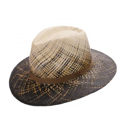Bravo sombrero de hombre panamá tranzado en varios colores efecto degradado. Fernández y ROCHE