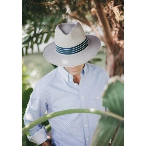 sombrero-hombre-panama-borneo-paja-toquillera-gris-Fernandez-y-Roche-2019-1