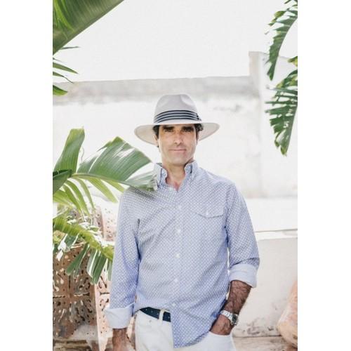 Sombrero hombre Panamá Borneo hecho a mano en Paja Toquilla color gris Fernández y Roche-