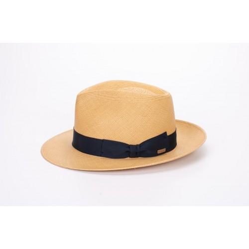 Lenon sombrero de hombre para el verano panamá color nude y cinta Grosgrain azul. Fernández y ROCHE