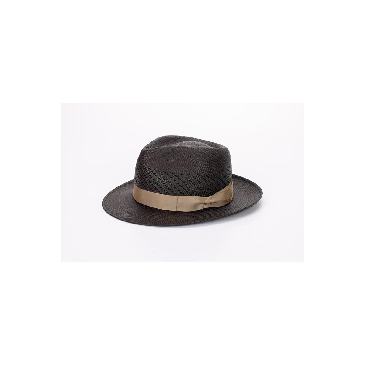 Limber sombrero de hombre panamá copa calada color gris y cinta camel. Fernández y ROCHE