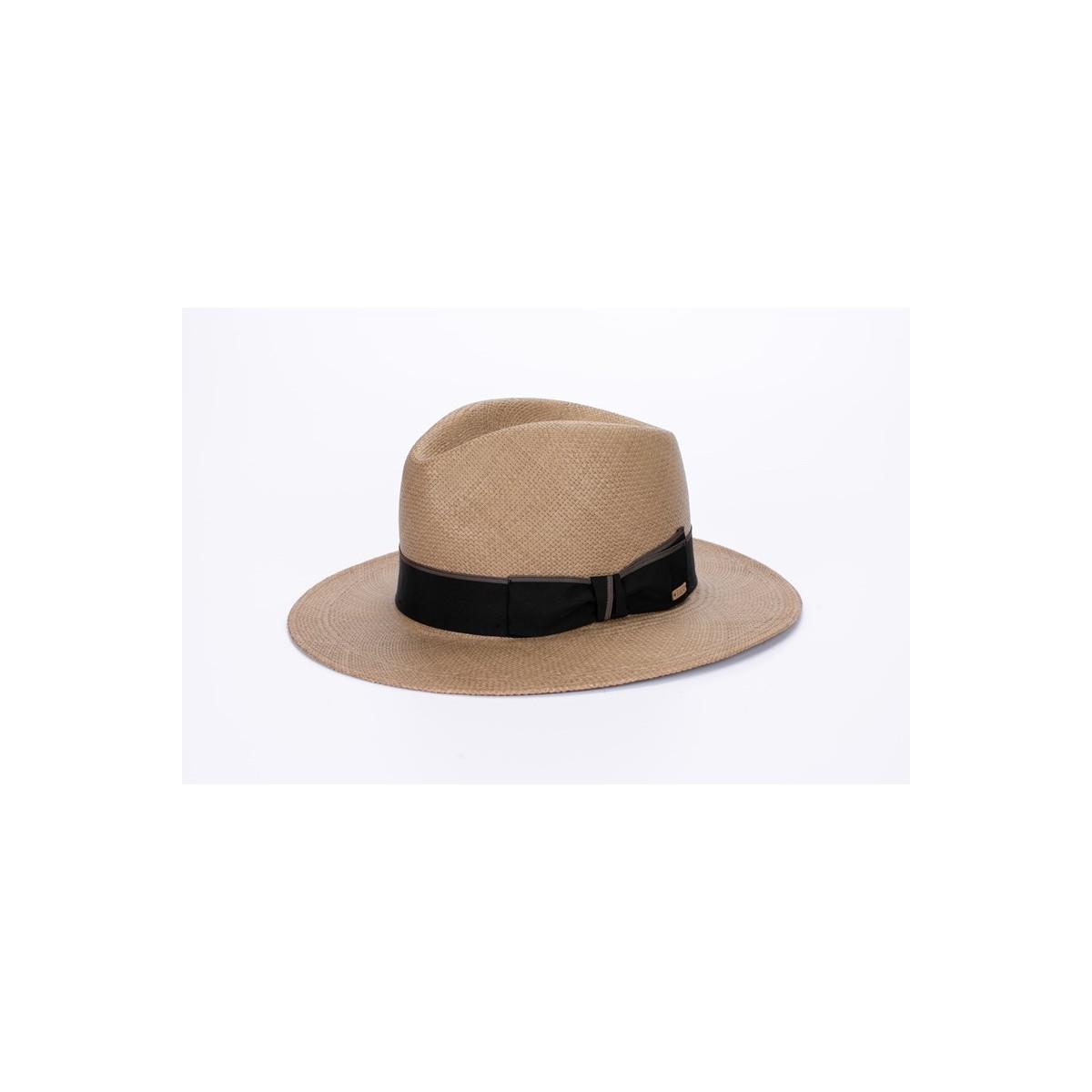 Milton sombrero de hombre panamá copa fedora color cacao y cinta marrón. Fernández y ROCHE