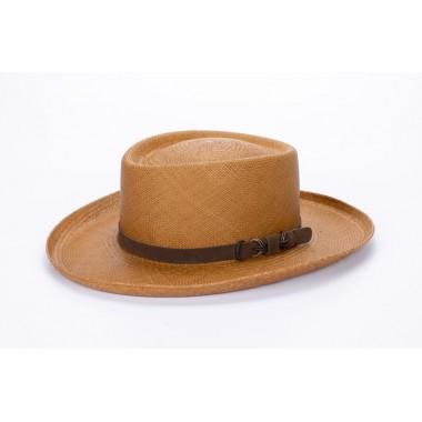 Misuri sombrero de hombre panamá ala  ancha color habano y correa de piel. Fernández y ROCHE