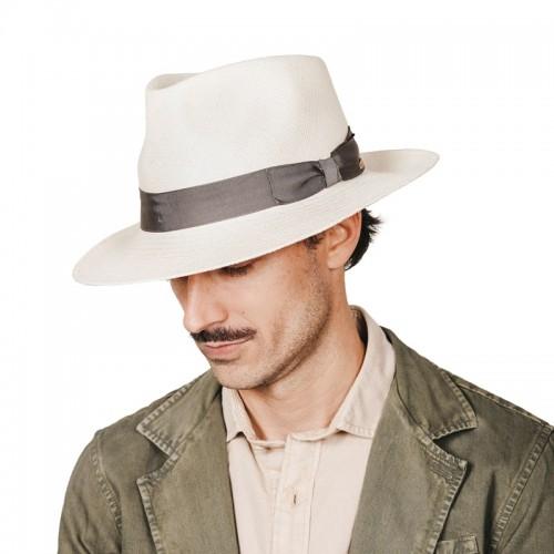 Amaru sombrero de hombre para el verano panamá copa fedora. Fabricado en a mano en España. Fernádez y ROCHE