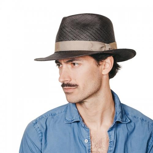 Limber sombrero de hombre panamá copa calada color gris y cinta camel. Hecho a mano en España. Fernández y ROCHE