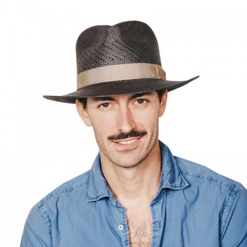 Limber sombrero de hombre para el verano panamá copa calada color gris y cinta camel. Fernández y ROCHE