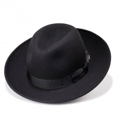 Bond Black Fedora Style Wool Felt Hat. Handmade. Fernández y Roche