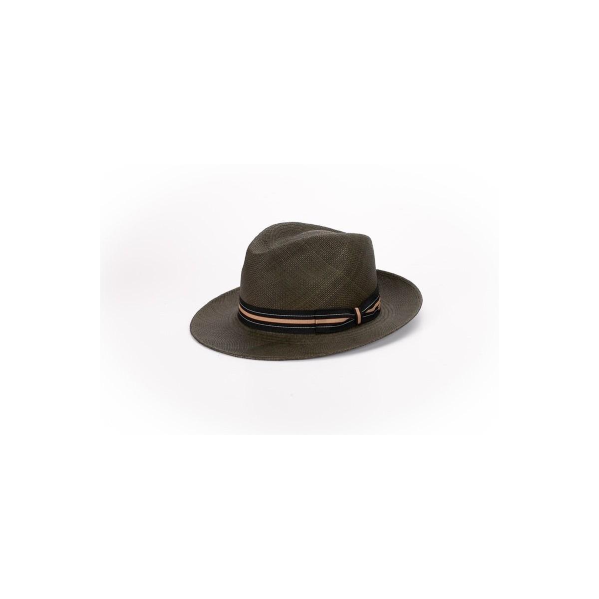 sombrero-hombre-panama-kevin-paja-toquillera-verde-botella-Fernandez-y-Roche-1
