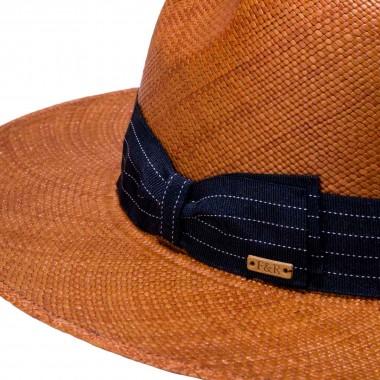 Alcoba panama hat caramel color and grosgrain ribbon. Fernández y Roche