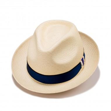 Ferrea sombrero panamá color natural y cinta grosgrain. Fernández y Roche