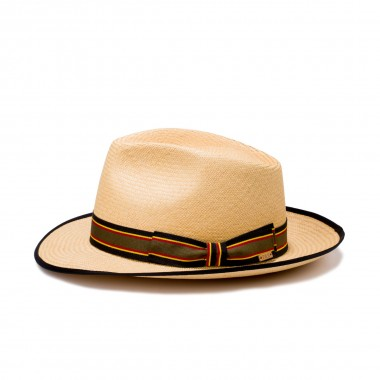 100% straw man hat for summer panama. Fernández y Roche