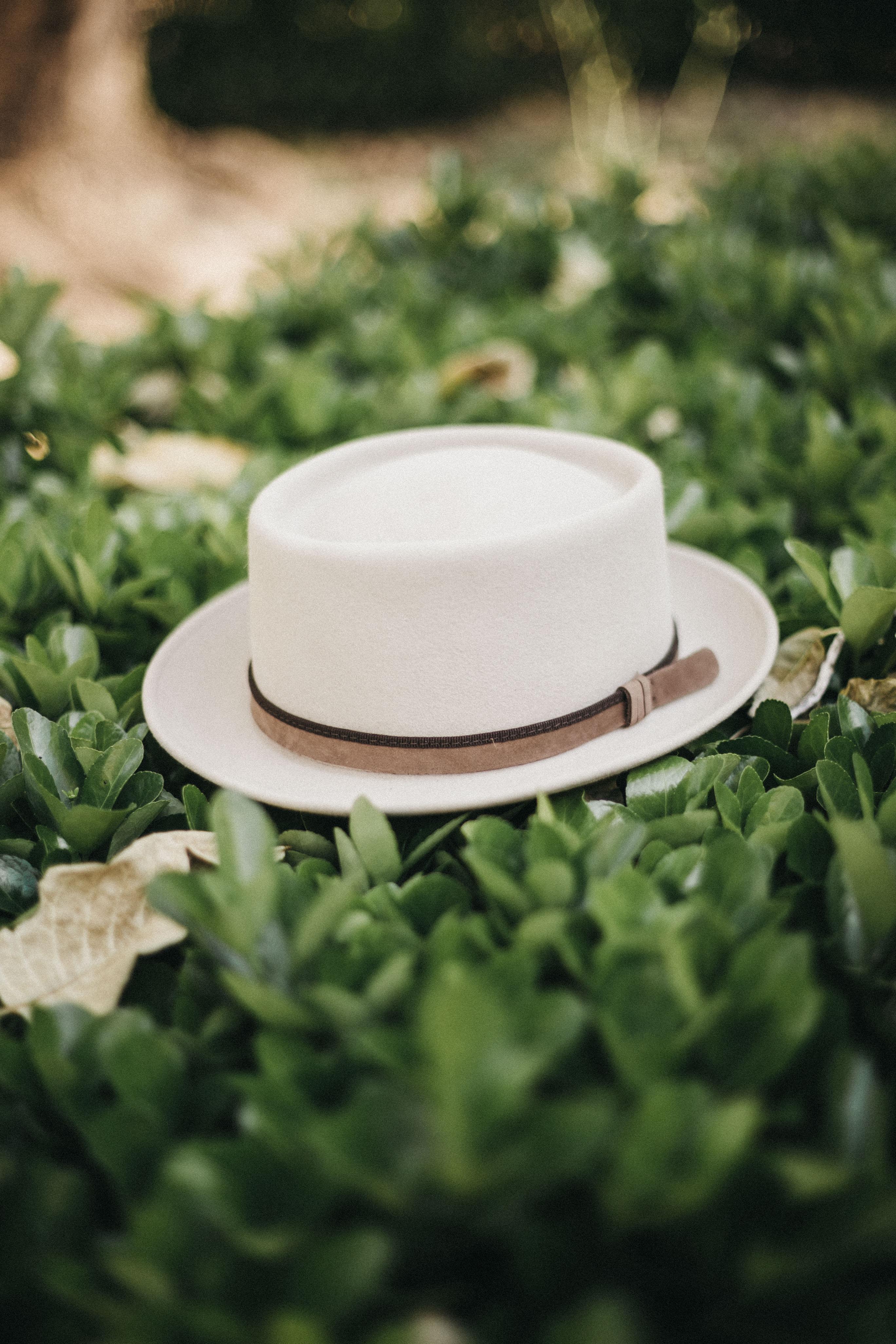 sombreros para el entretiempo intro