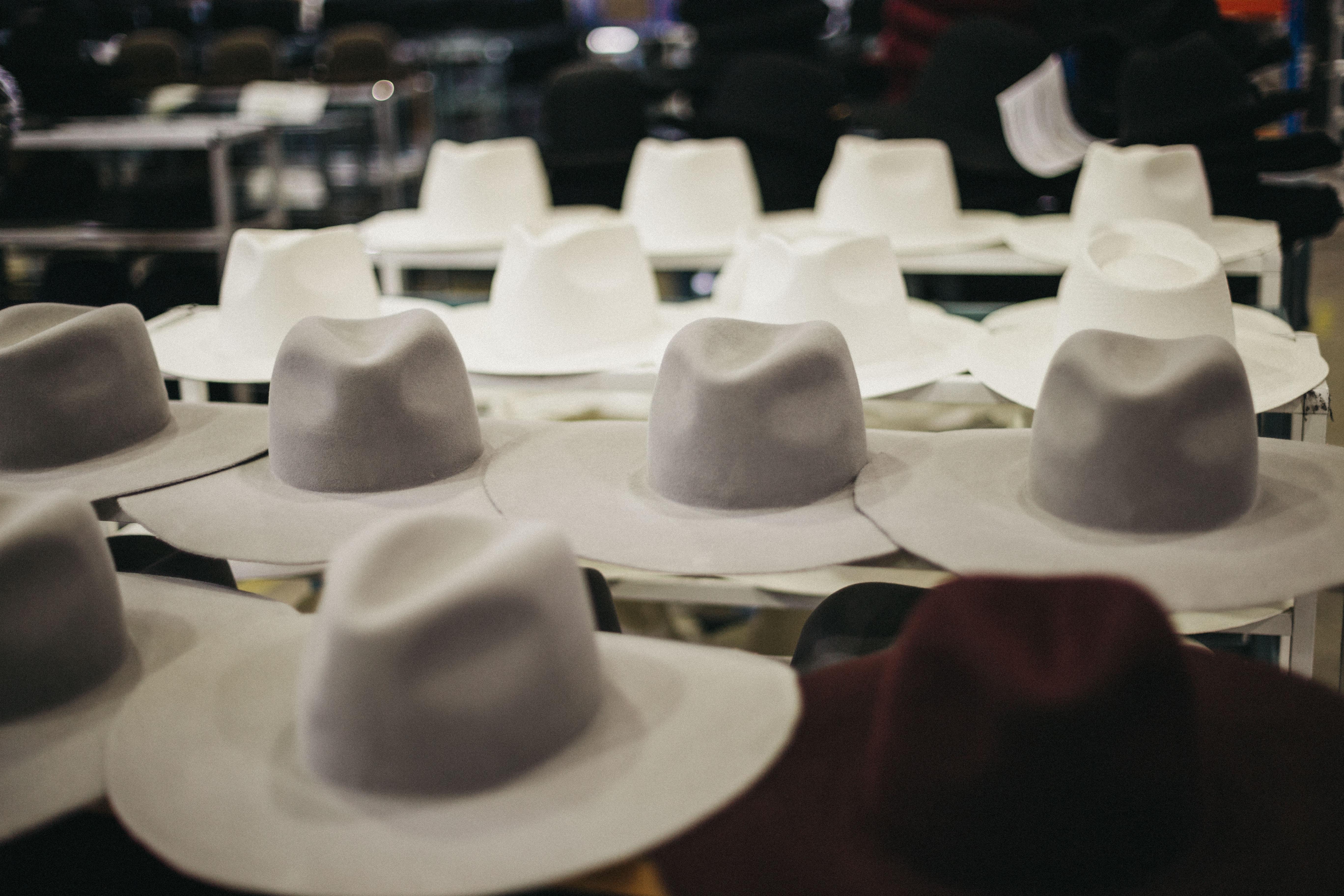 sombreros para el entretiempo fábrica